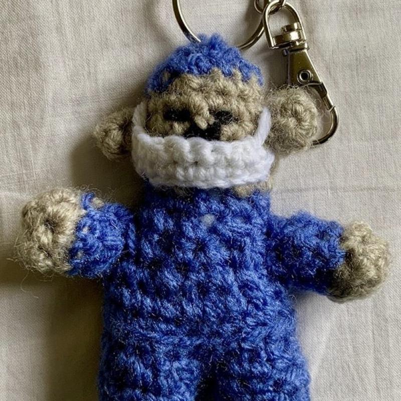 crocheted-key-ring-2-min
